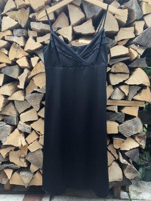 schwarzes Cocktailkleid von Esprit