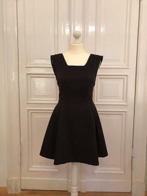 schwarzes Cocktailkleid von Zara