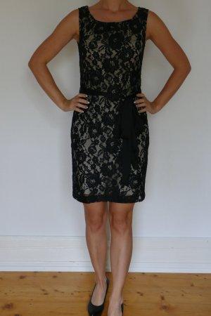 Schwarzes Damen Kleid von Yessica C&A Größe 36 Spitze