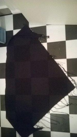 schwarzes Dreieckstuch mit Perlen