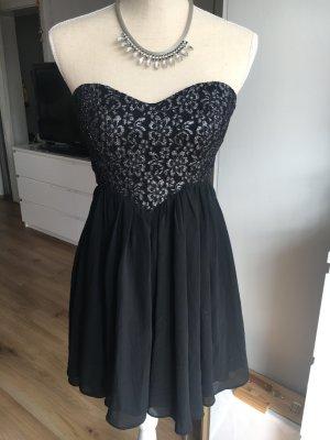 f2dd473823bc4 Abendkleider günstig kaufen | Second Hand | Mädchenflohmarkt