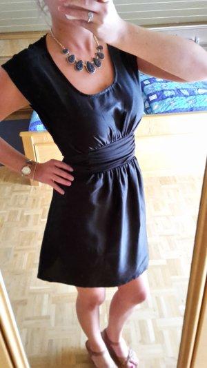 Schwarzes Elegantes Kleid von H&M