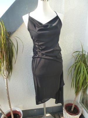 graues kleid mit ornamenten stoff 3 4 arm m dchenflohmarkt. Black Bedroom Furniture Sets. Home Design Ideas