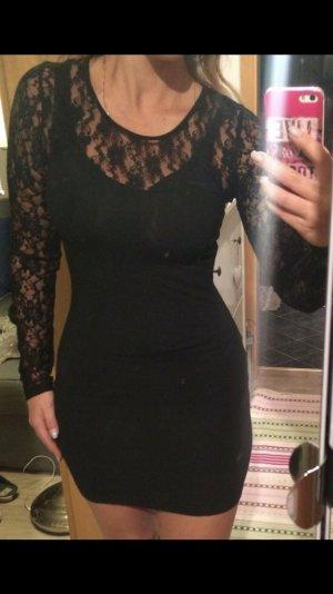 Schwarzes enges Kleid mit spitze 36-38