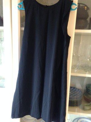 Schwarzes Etui-Kleid mit Chiffon-Volant von H&M