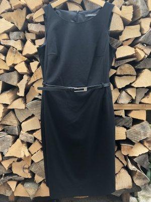schwarzes Etuikleid mit Gürtel (NEU)