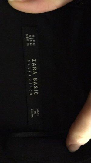 Schwarzes Etuikleid von Zara