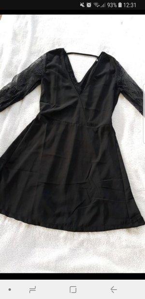 Schwarzes Fit & Flare Kleid neu