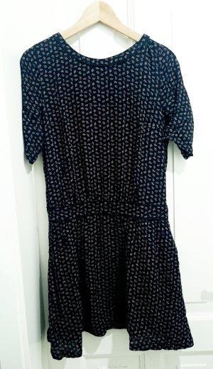 Schwarzes gemustertes Kleid von Maison Scotch