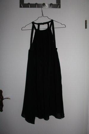 Schwarzes, gerade geschnittenes Partykleid mit tollem Rücken