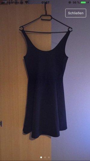 H&M Stretch jurk zwart