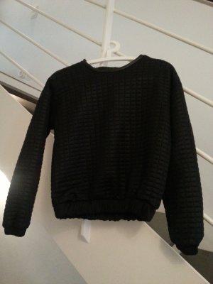 schwarzes, gestepptes Sweatshirt