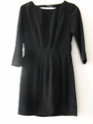 Schwarzes glänzendes Kleid Tulpen-Form