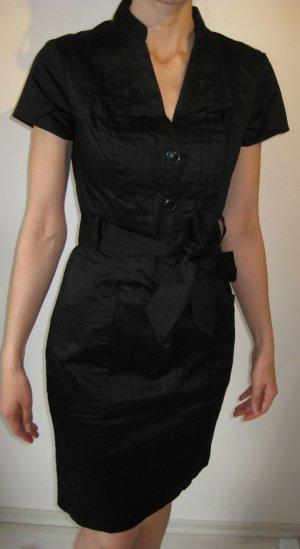 Schwarzes Hemdblusenkleid mit Gürtel