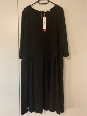 Schwarzes Jersey Kleid