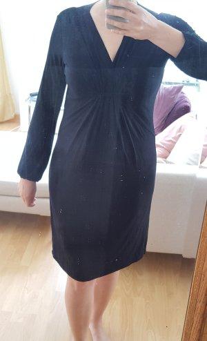 Schwarzes Jerseykleid casual schick