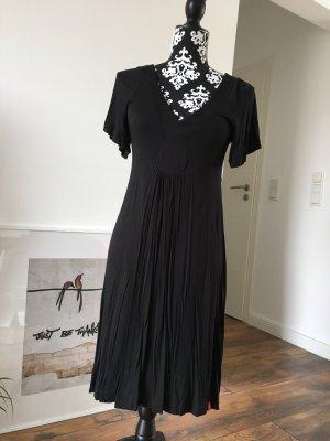 Schwarzes Jerseykleid von EDC