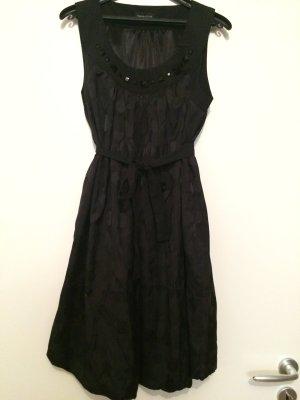 Schwarzes Kleid Abendkleid