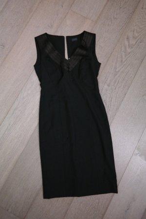 Schwarzes Kleid, das kleine schwarze! JOOP!