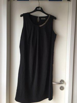 Schwarzes Kleid der Firma malvin