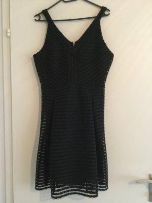 Schwarzes Kleid Gr. L