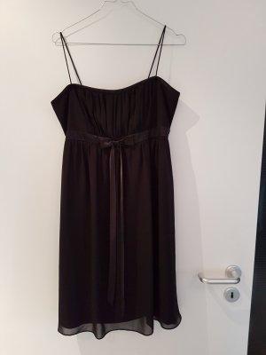Schwarzes Kleid in Größe 40