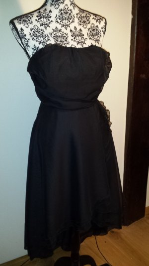 schwarzes Kleid Mayaadi
