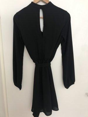 H&M Divided Cut out jurk zwart