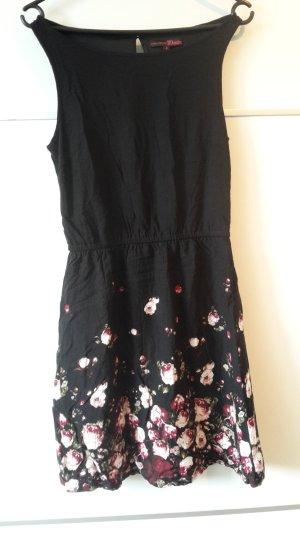 schwarzes Kleid mit Blüten/ Blumen Tom Tailor