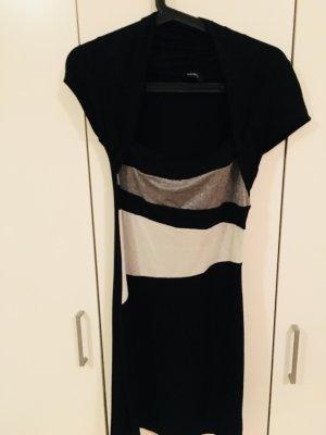 Schwarzes Kleid mit Glitzerdetails
