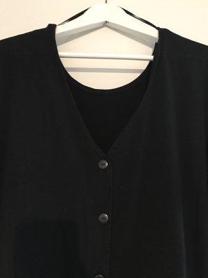 Schwarzes Kleid mit Knopfleiste