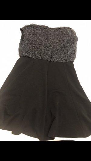 Schwarzes Kleid mit Punkte Oberteil