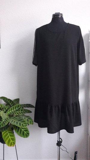 Schwarzes Kleid mit Schößchen 38