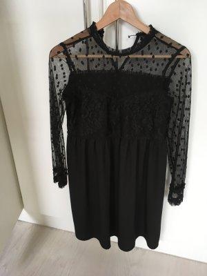 Schwarzes Kleid mit Spitze, Größe 36, von Zara