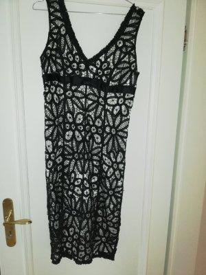 Schwarzes Kleid mit Spitze und seidenes Unterkleid. Hingucker! Gr 10 (40)