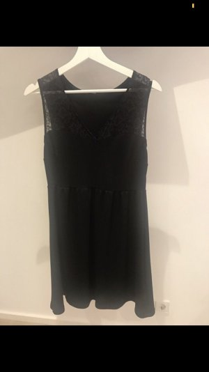 Schwarzes Kleid mit Spitze von Tezenis