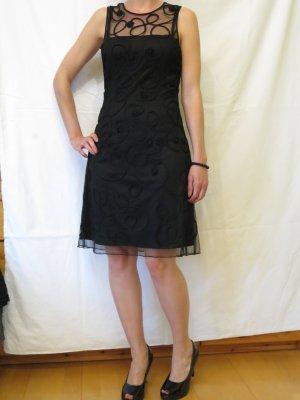 Schwarzes Kleid mit Spitze von Vera Mont