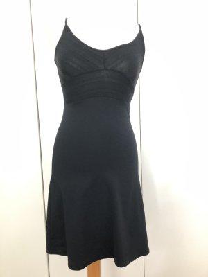 Vestido de tubo negro