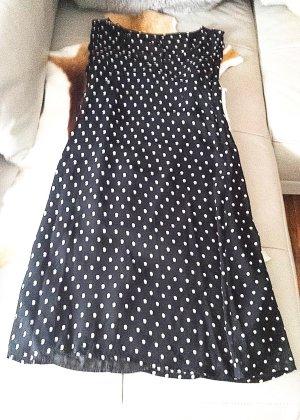 Schwarzes Kleid mit weissen Punkten, Gr. 36