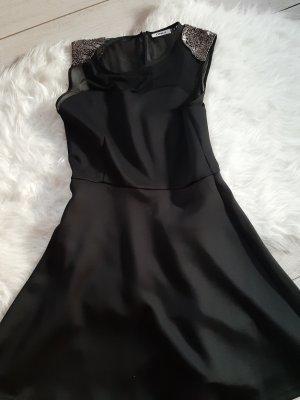 schwarzes kleid only