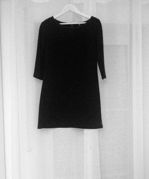 Schwarzes Kleid QS