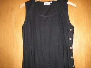 Schwarzes Kleid S.Oliver, seitlich knöpfbar, Gr. 34