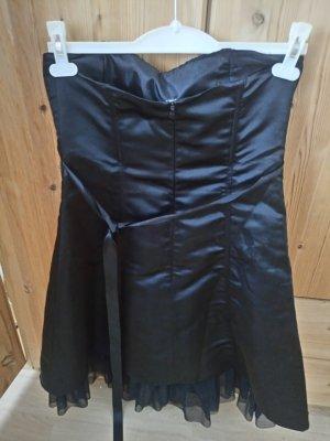Schwarzes Kleid Spitze
