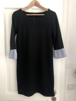60304d5b44ce3d Kleider günstig kaufen | Second Hand | Mädchenflohmarkt