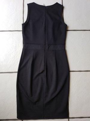 schwarzes Kleid von Bodyflirt gr.32/34