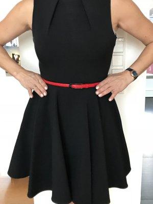 Schwarzes Kleid von Closet