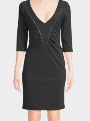 Schwarzes Kleid von Daniela Fargion