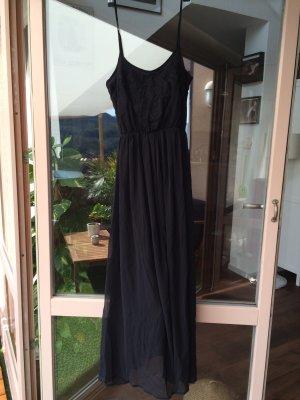 Schwarzes Kleid von Dreimaster, neu!