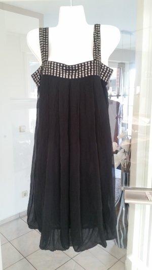 Schwarzes Kleid von Esprit mit Nieten