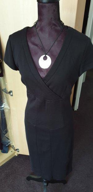 Schwarzes Kleid von Joseph Janard